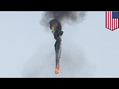 Hot air balloon crash: 16 killed as balloon crashes into power lines in Texas - TomoNews