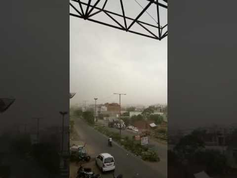 agra weather storm
