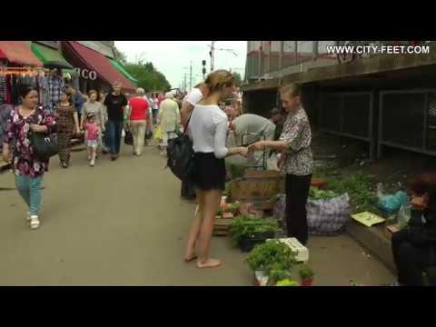 City-Feet.com - A barefoot trip - Valeria [3]