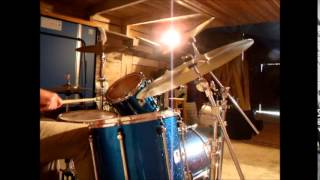 Crisp sans chapeau -  Drum solo: Tim Bragg
