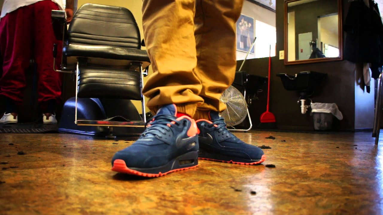 NIKE AIR MAX 90 (Obsidian Blue Suede Atomic Pink) ON FOOT HD