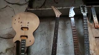 Bengkel Gitar Jakarta (phatex) servis dan custom segala macam gitar