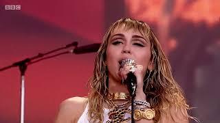 Miley Cyrus - Black Dog - (Led Zeppelin Cover) [Live at Glastonbury 2019)