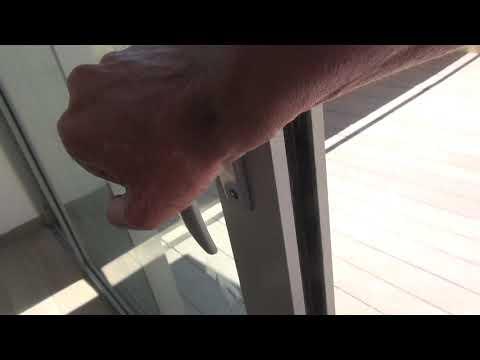 הזזת חלון קשה
