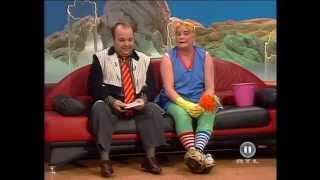 Wenn die Putzfrau zweimal klingelt - DIRK BACH und HELLA VON SINNEN (1994)