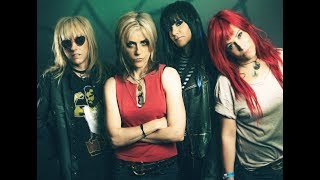 女性ロックバンド、L7の歴史をひもとく音楽ドキュメンタリー。バンド結...