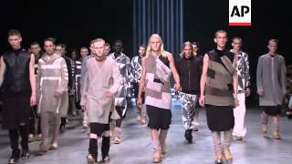 HIGHLIGHTS FROM RICK OWENS PARIS COLLECTION