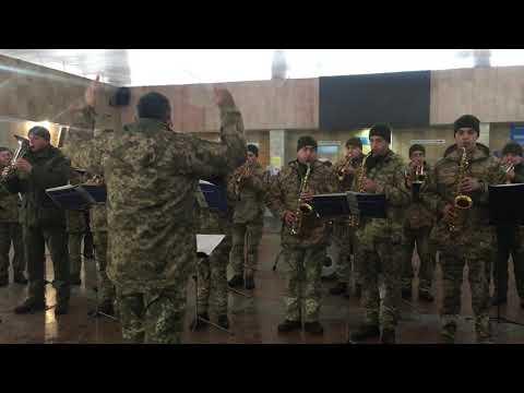 Новини Тернополя 20 хвилин: Тернопільський військовий оркестр вшанував пам'ять захисників Донецького аеропорту