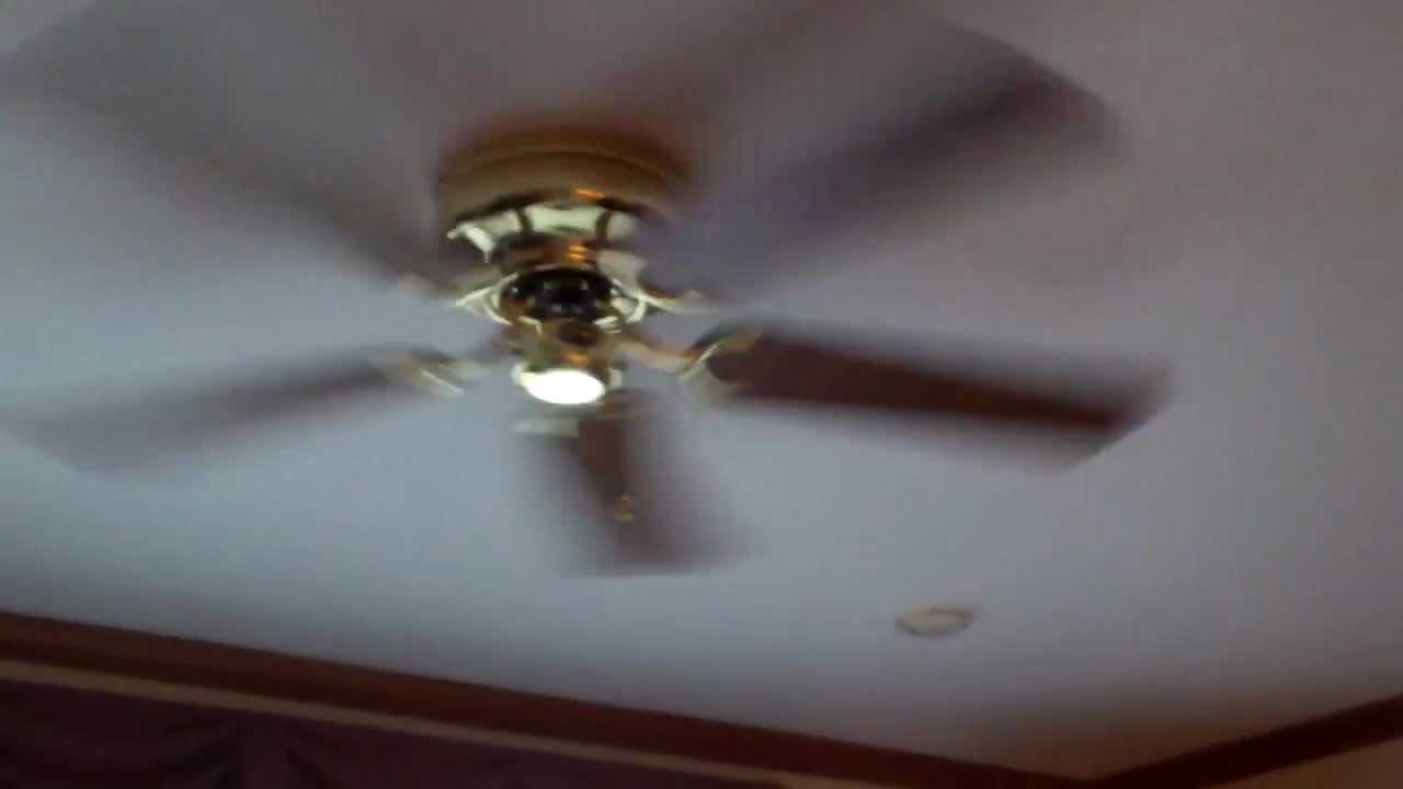 52 Quot Hampton Bay Carriage House Hugger Ceiling Fan 2 Youtube