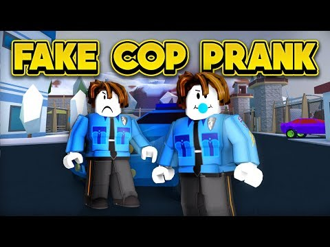 FAKE POLICE PRANK! (ROBLOX Jailbreak New Player Challenge)