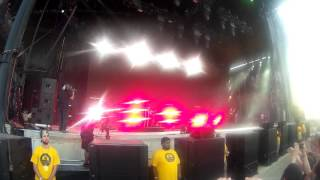 CHVRCHES - Bury It (ft. Hayley Williams) live at Bonnaroo 2016
