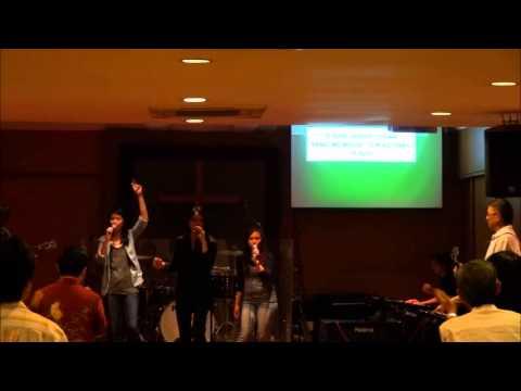 Langit dan Bumi Pujilah Tuhan Medley - Sung by Ellie Pasaribu / One in Love