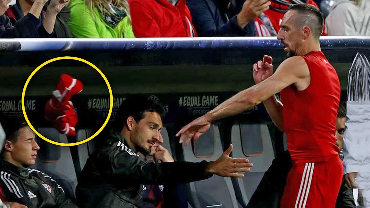 Top 10 Footballers Angry After Substitution  HD