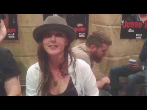 Katherine Isabelle message @ Weekend Of Horrors, Bottrop Germany 2015