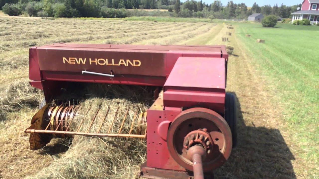 New Holland 315 Baler