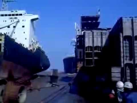 Аланг (Индия). Кладбище кораблей