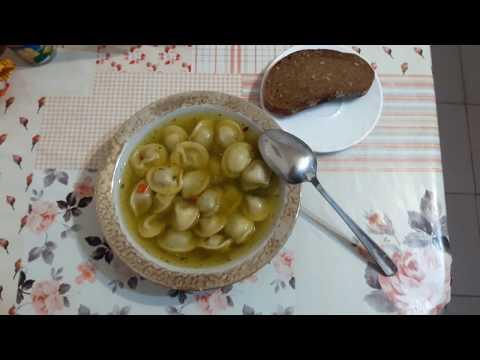 Готовим быстрый суп из пельменей. Секретный рецепт борьбы с голодом)))