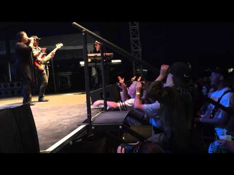 Gary Sinise and the Lt. Dan Band at #OSH15 - YouTube