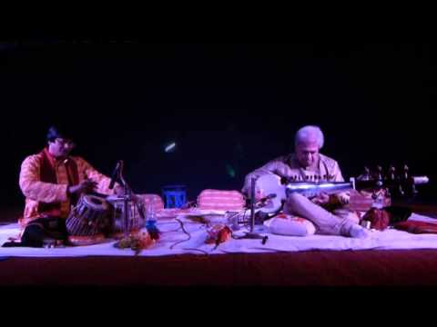 Anindya Banerjee 4 Loom Nat and Tilak Kamode
