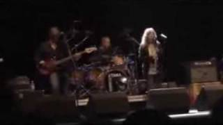 "Patti Smith ""are you experienced?"" live in Cagliari 08 07 2007"