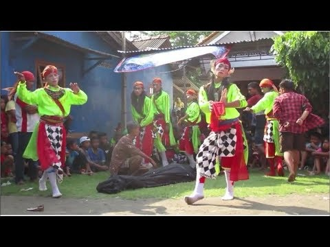 Janturan Jam 14.09 Ebeg Mudo Turonggo Sari Mendem di Penggalang