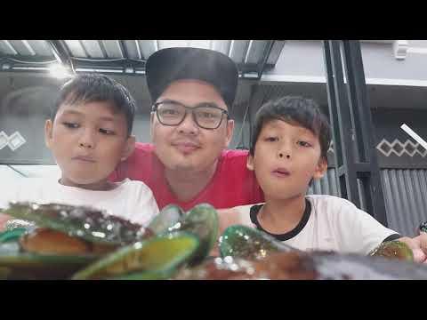 Kuliner Kota Bogor (makan Kerang Hijau) TANGGUH SATRIA PUTRA