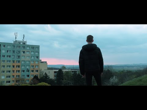 efage - RANNÍ VIBE (OFFICIAL VIDEO) prod. maksy from YouTube · Duration:  3 minutes 23 seconds