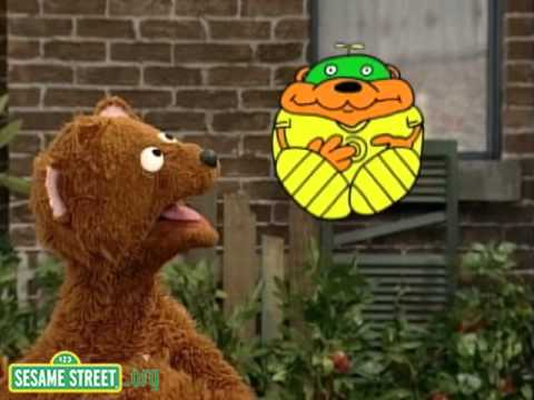Sesame Street: Shapes with Hero Guy and Baby Bear