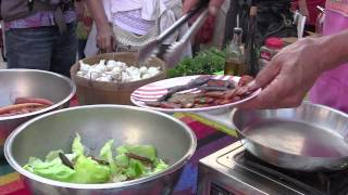 Making Butter Lettuce Salad- Cooking Demo No.2- At The Santa Fe Farmers Market
