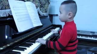 Chúc Mừng Sinh Nhật-minh Đức 5,5 tuổi - piano.