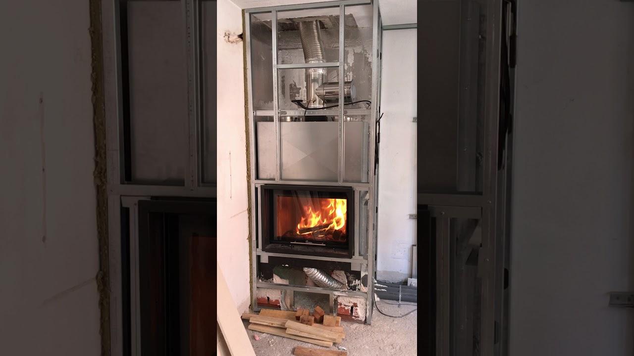 Video de instalaci n de hogar de le a lacunza itaca 80 - Instalacion de chimeneas de lena ...