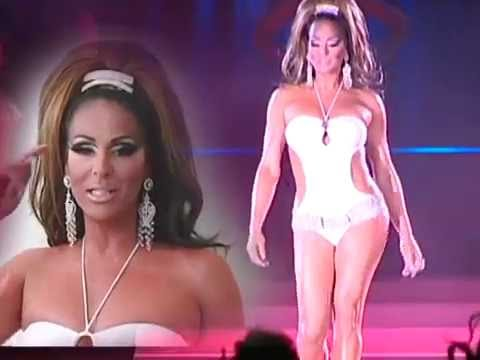 Universal Show Queen 2007, with Raquell Lord, USQ 2006, and introduction of formers