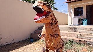 Um dia na vida de um DINOSSAURO | A Day in the Life of a Dinosaur
