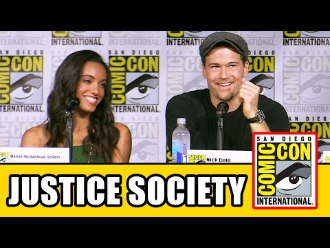 JUSTICE SOCIETY OF AMERICA At Legends of Tomorrow Season 2 Comic Con Panel