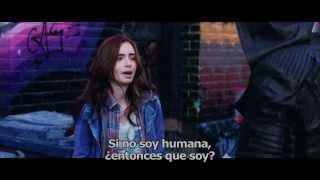 Cazadores de Sombras: Ciudad de Hueso Trailer Oficial Subtitulado #4 (2013)