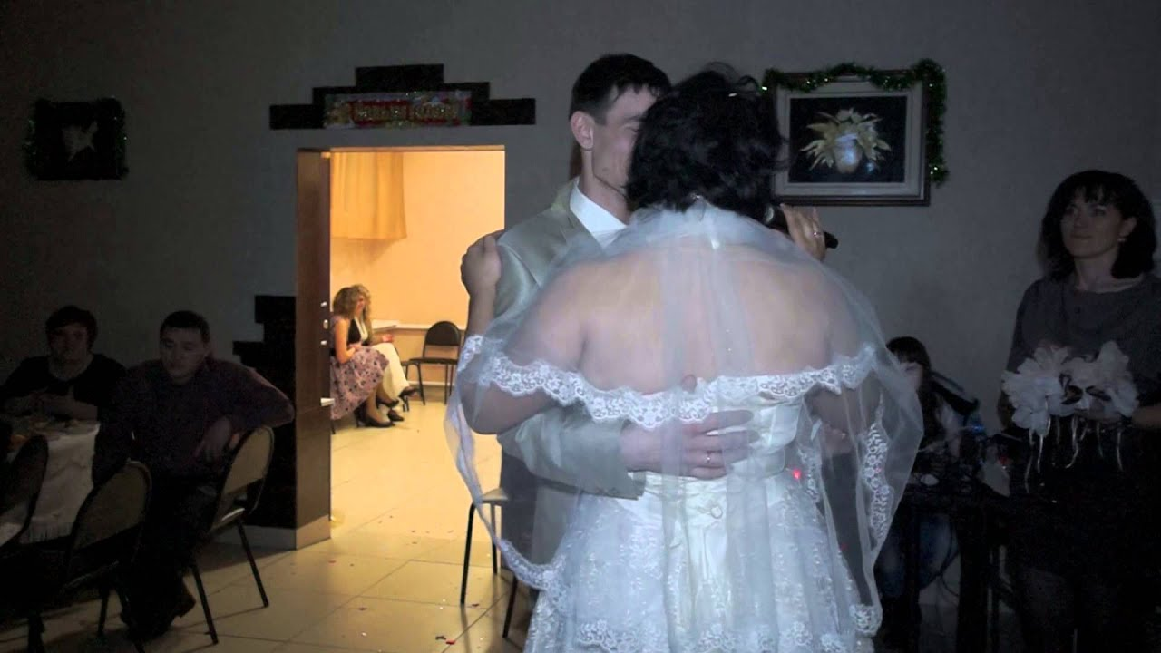 Стихи мамам невеста читает
