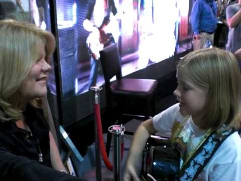 CMA Fest - Emily Brooke Singing Fearless to Taylor Swift's Mom, Andrea Swift
