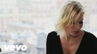 Shake Up Christmas 2011 (Official Coca-Cola Christmas Song) (Live From New York)
