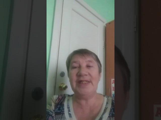 Изображение предпросмотра прочтения – ТатьянаСысюк читает произведение «Белая береза под моим окном» С.А.Есенина