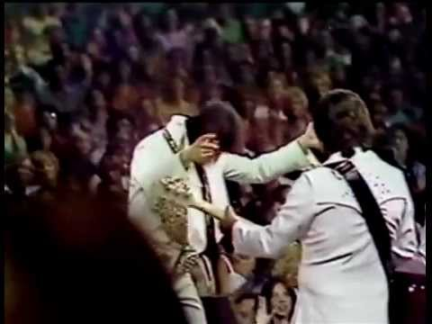 Elvis - Can't Help Falling In Love