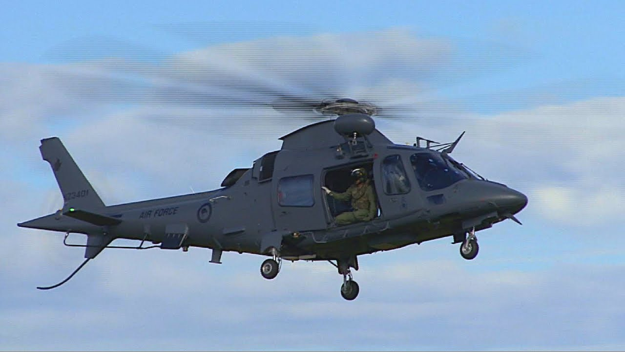 Elicottero A109 : Rnzaf agusta a training helicopter youtube