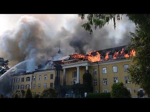 Großbrand im Schloss Ebenzweier