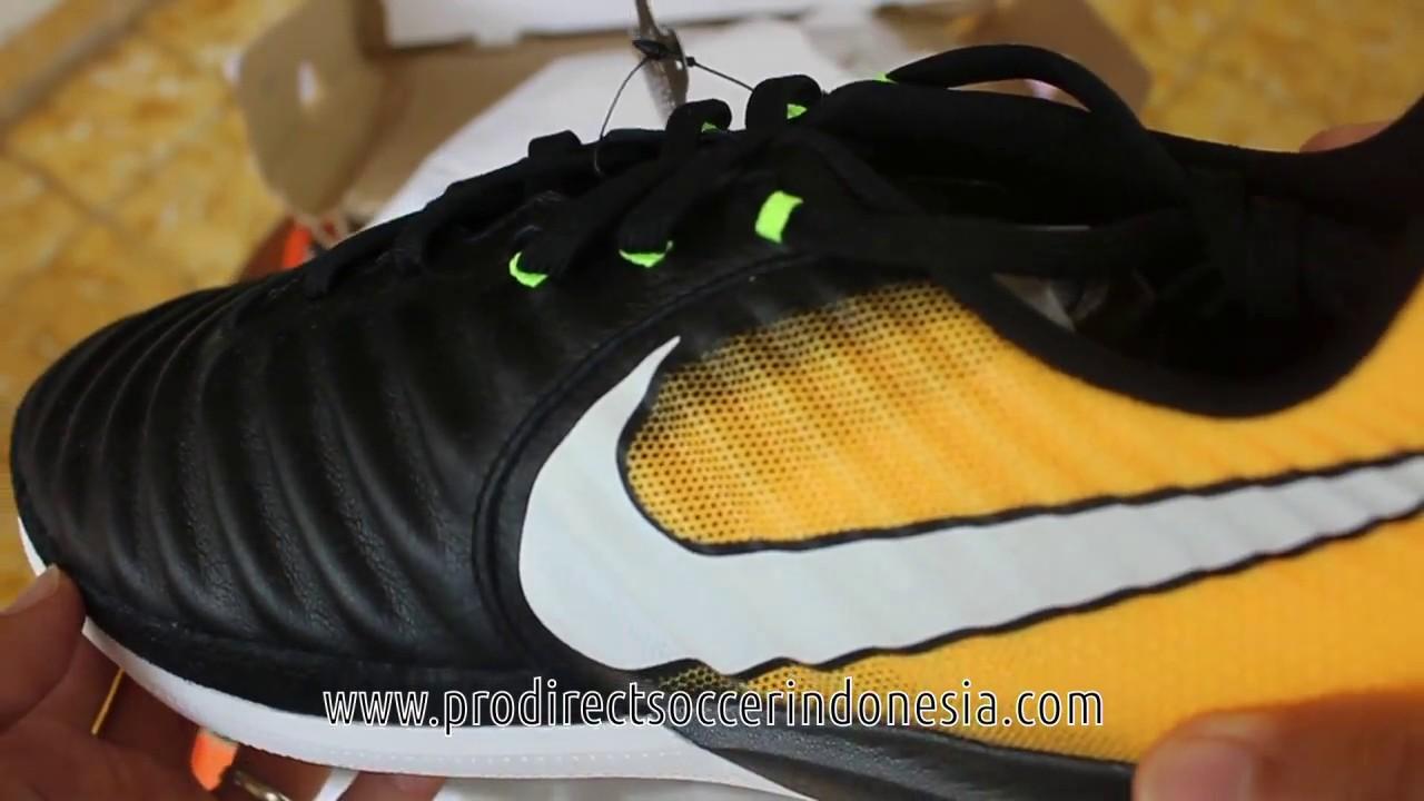reputable site e1c10 fb492 Sepatu Futsal Nike Tiempox Finale IC Black White Laser Orange 897761 ...