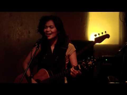 Liliwanag - Acel van Ommen with Sesa