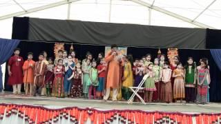Venkatachala Nilayam Vaikuntha pura vasam - Ramachary with LMA NJ 2012 Kids at Guruvayurappan Temple