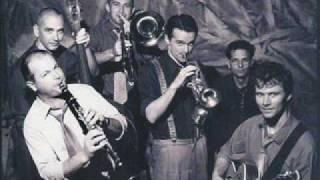 Hot Jazz Band - Swing That Music