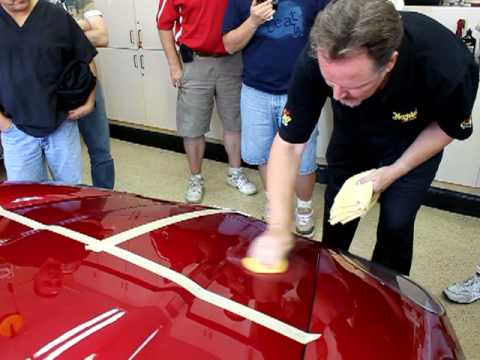 How To Buff A Car >> Meguiar's Detail Class How to apply Ultimate Compound - YouTube