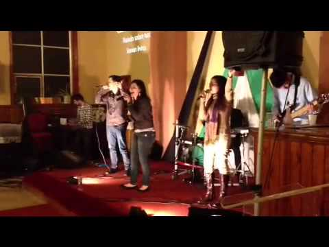 jesus-culture-freedom-reigns-/-liberdade-portuguese-version---by-mnv-london