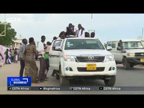 South Sudan Fuel Crisis: Crippling shortage forces citizens to walk to and from work