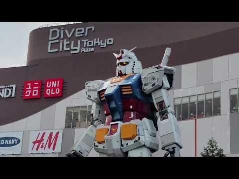 Gundam Statue at Diver City, Odaiba - Tokyo, Japan